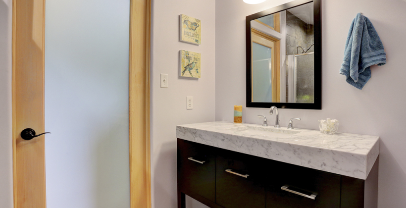 Empty-Nester-Retreat-Carrara-Marble-Vanity-820x420.jpg