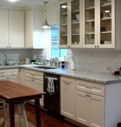 Lynn-Park-Whitman-Residence-White-Kitchen-Cabinets-401x420.jpg