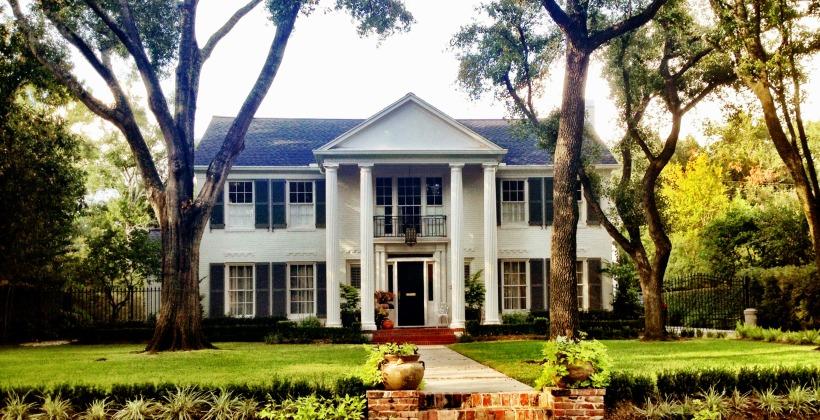 River-Oaks-Brentwood-Residence-Landscape-Design-820x420.jpg