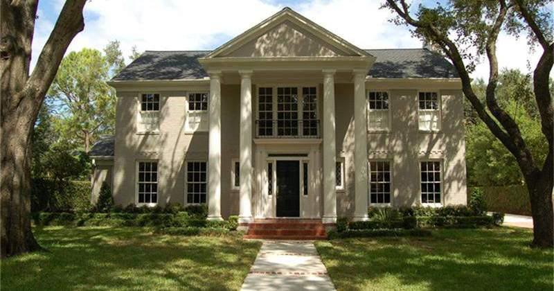 River-Oaks-Brentwood-Residence-Protected-Landmark-800x420.jpg