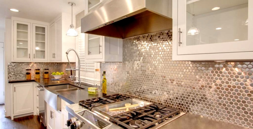 West-University-Metallic-Hex-Tile-Backsplash1-820x420.jpg